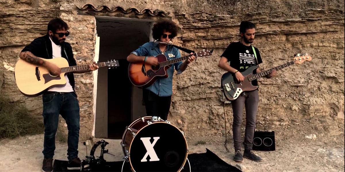 con-x-the-banjo