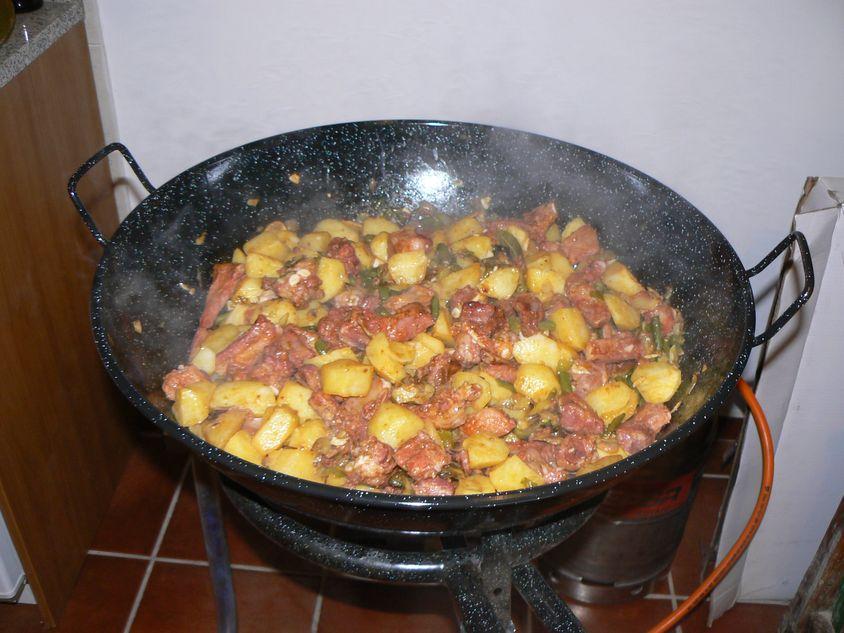 Rancho de Carne y patatas