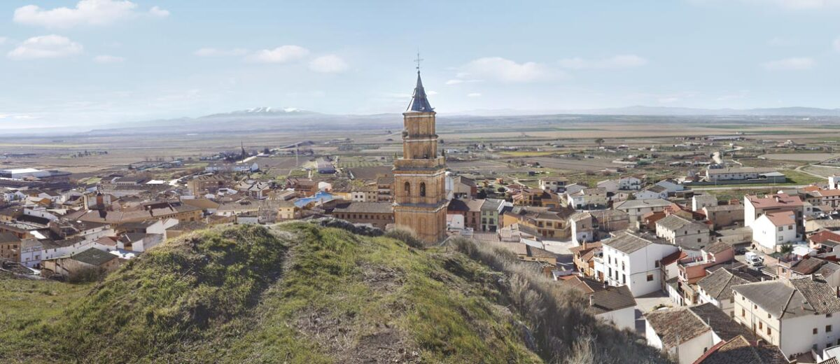 Arguedas-Pueblo-Bardenas-Sendaviva-2021