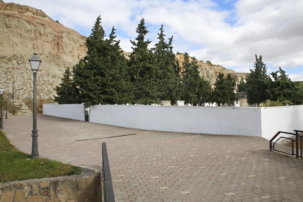 Cementerio-Todos-los-Santos-Arguedas-2020