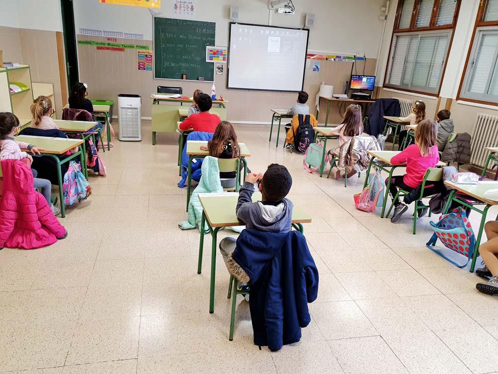 Arguedas-Purificadores-de-Aire-Colegio-2020-4